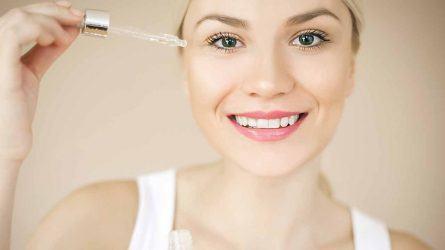 Giữ ẩm cho làn da căng mọng với serum chứa Hyaluronic Acid