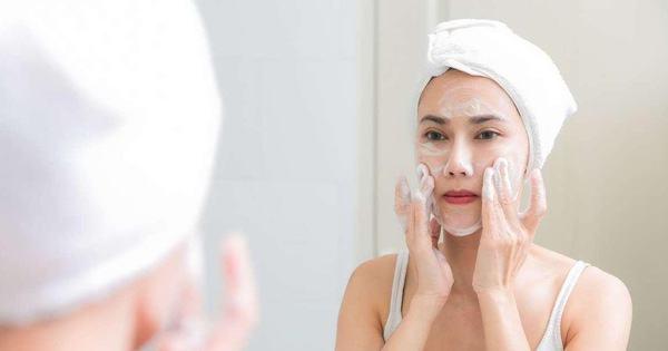 Ngày nào cũng rửa mặt nhưng hội con gái có biết mình mắc phải sai lầm khi rửa mặt nào chưa? - Kiến Thức Chia Sẻ 15